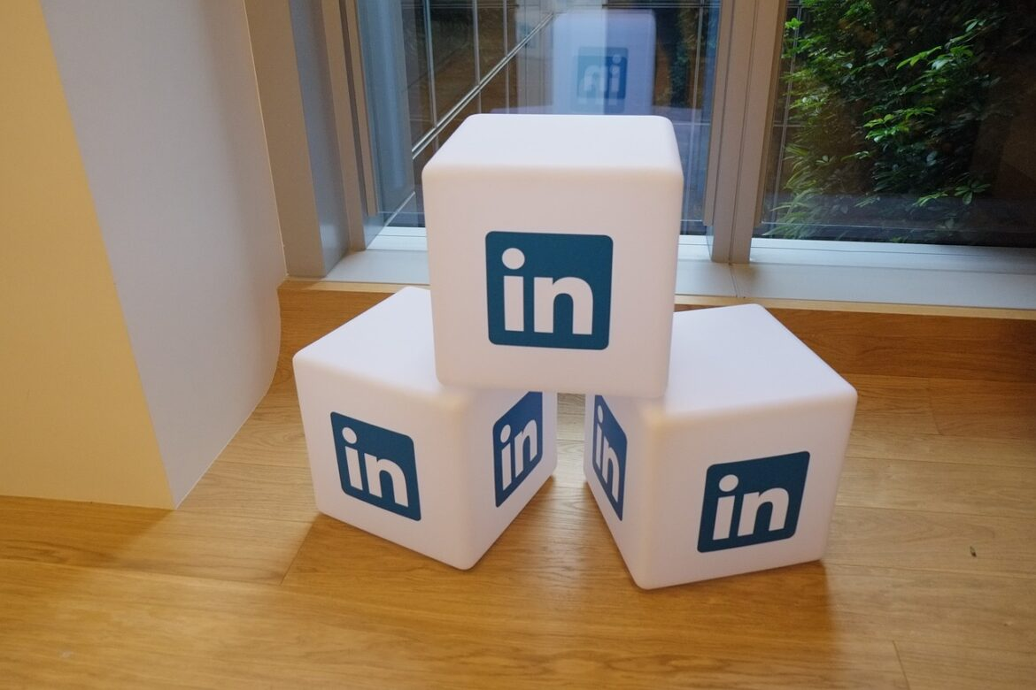 What Are the LinkedIn Marketing Strategies for B2B?