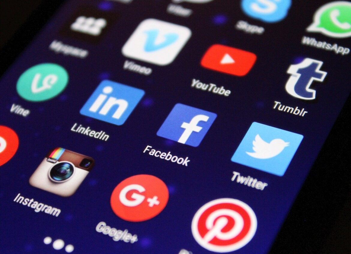 7 Must Have Social Media Extensions For Better Results