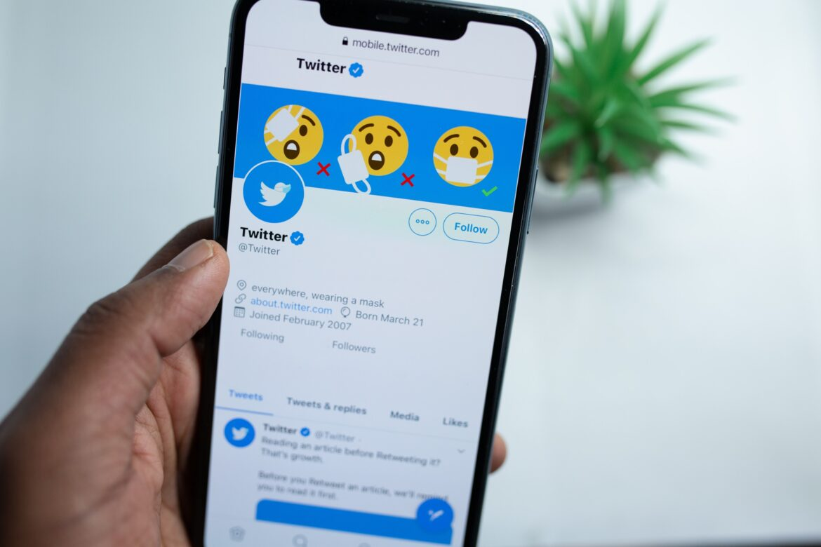 How to Get Followers on Twitter Fast?